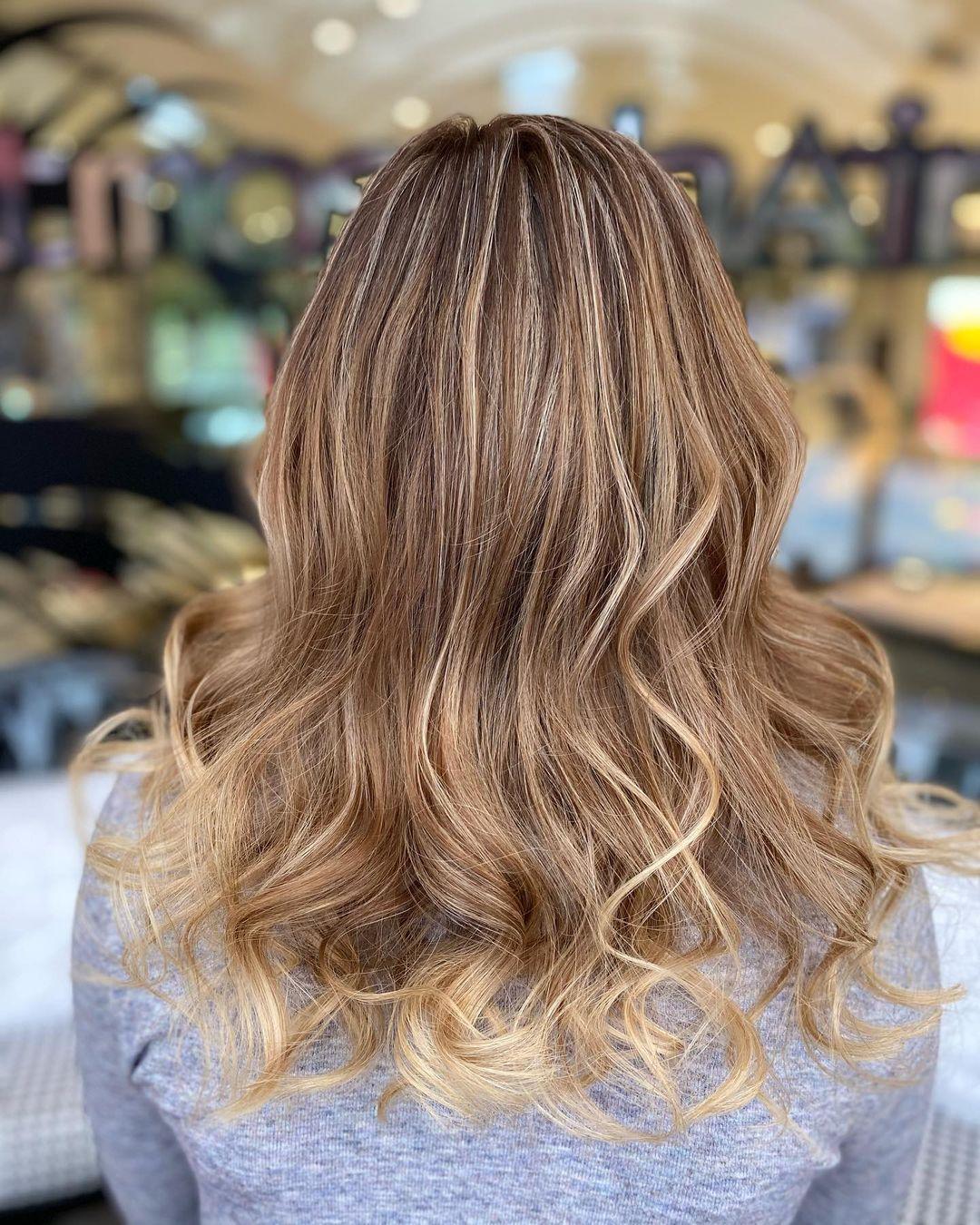 cheveux-mèches-balayage-long